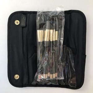 Mary Kay Makeup Brush Kit 6 Brushes w/ Velvet Case